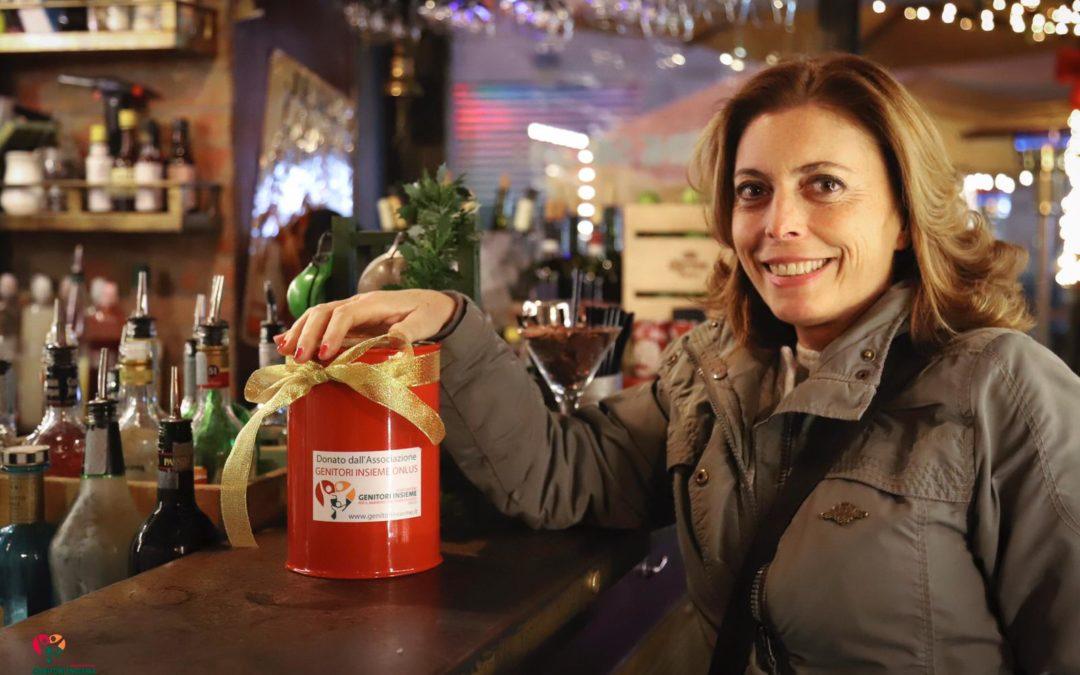 Natale solidale ai baretti di Chiaia: in tanti a donare per Genitori Insieme. Ecco chi ne ha parlato